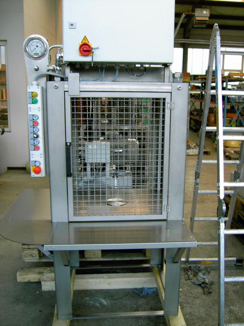 germatec-Hydraulische Auspresseinrichtung für Pasten
